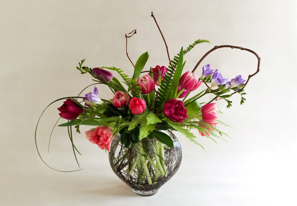 TULIPS AND VINES; CREATING A VIBRANT TULIP ARRANGEMENT
